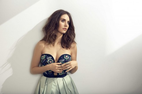 alison-brie-for-new-york-post-march-2016-issue_7