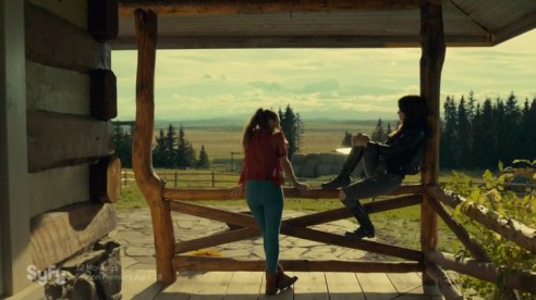 Wynonna.Earp.S01E01.HDTV.x264-FLEET.mp4_20160407_170546.972