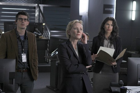 FOR GOD & COUNTRY -- Pilot -- Pictured: (l-r) Tate Ellington as Noah Morgenthau, Anne Heche as Patricia Campbell, Sofia Pernas as Hannah Archer -- (Photo by: Simon Mein/NBC)